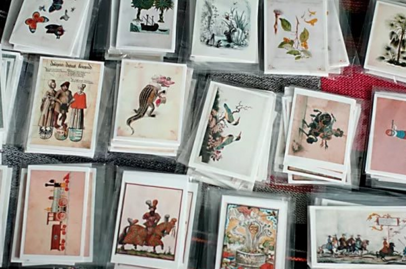 Как хранить открытки 60